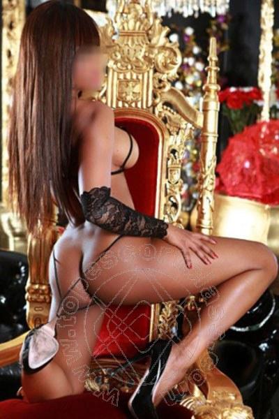 Brenda Lips  ROMA 3485676752